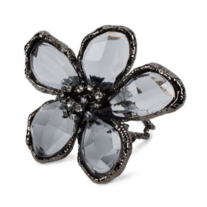 Smoke by H2Z Petal Pendants - Size 7 Gunmetal Plated Ring