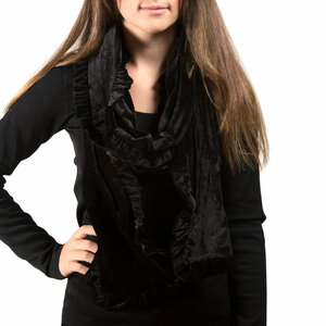 Black by H2Z Velvet - Ruffled Velvet Scarf