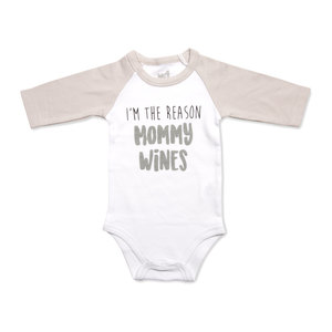 Mommy Wines by Sidewalk Talk - 6-12 Months 3/4 Length Gray Sleeve Onesie