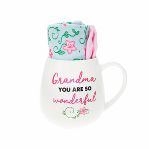Grandma by Warm & Toe-sty - 15.5 oz Mug and Sock Set