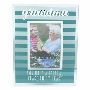 "Grandma by Best Kept Trinkets - 4.75"" X 6"" Frame (Holds a 2.5"" X 3.5"" Photo)"